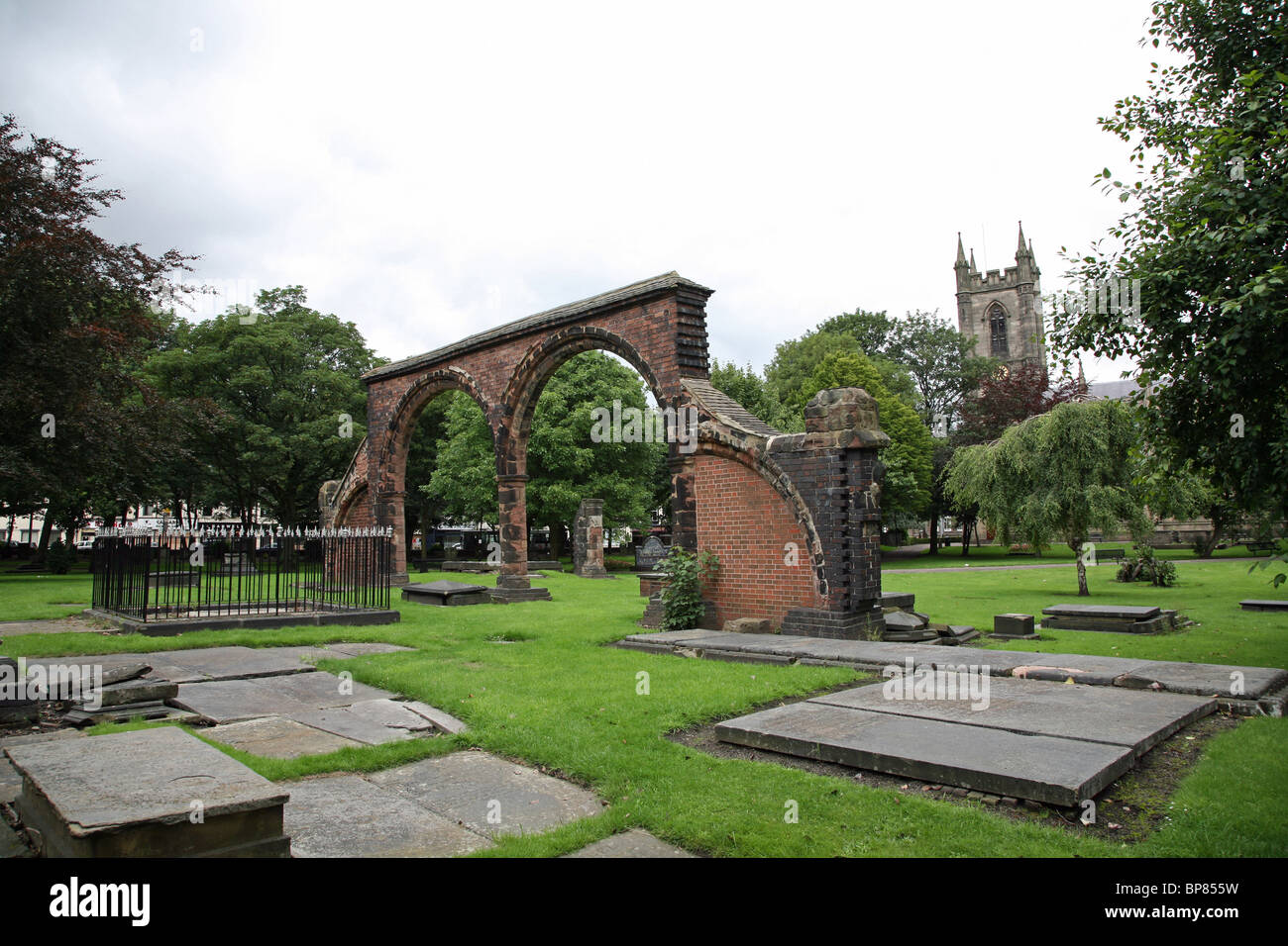 Graveyard of Stoke Minster, the Church of St Peter ad Vincula, Stoke-on-Trent, Staffordshire, England, UK - Stock Image