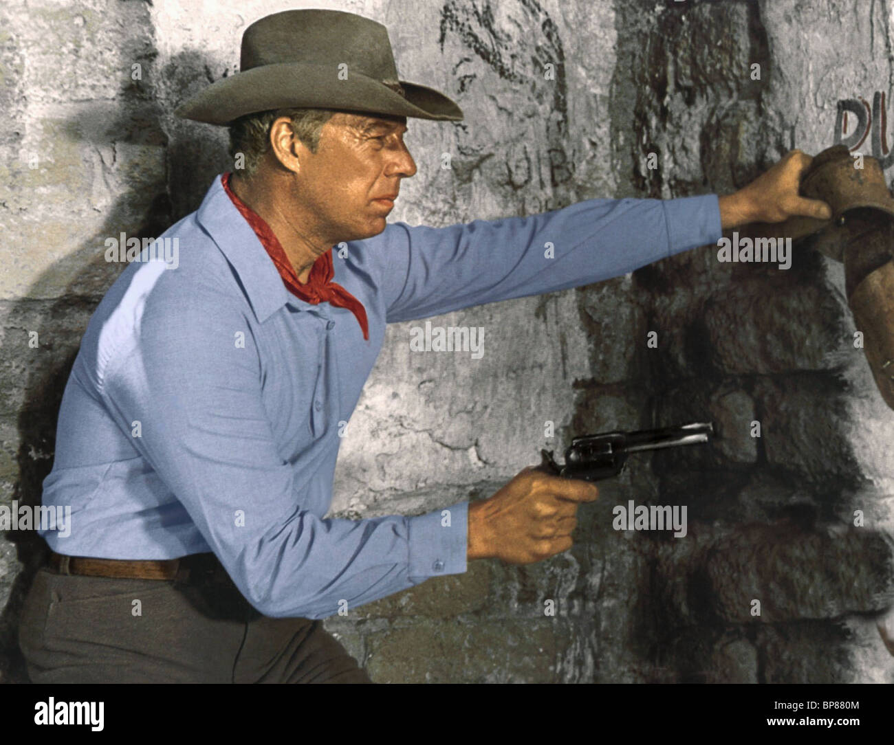 367d6d71 GEORGE KENNEDY GUNS OF THE MAGNIFICENT SEVEN (1969 Stock Photo ...