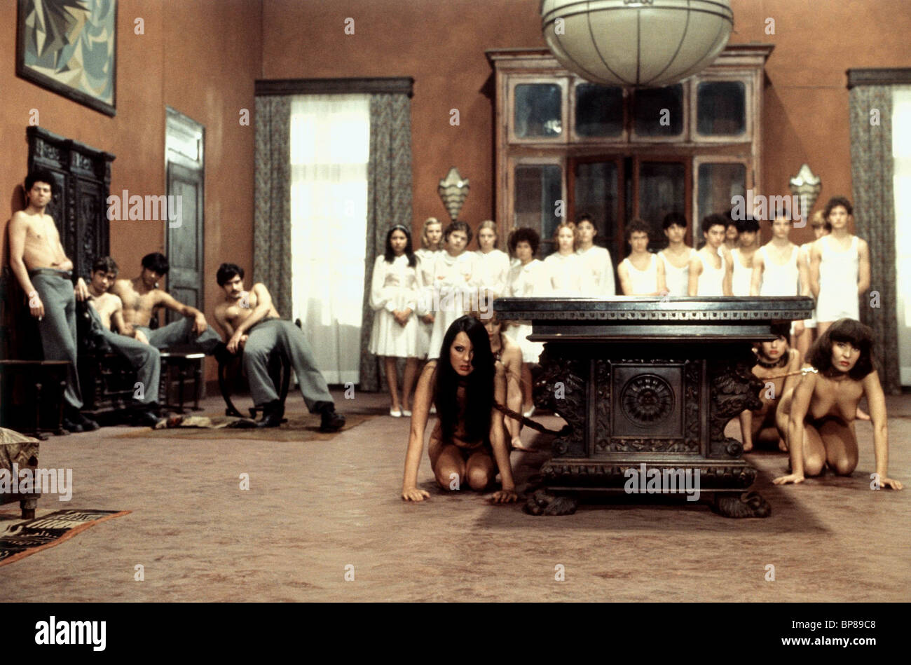 GENERAL SCENE SALO OR THE 120 DAYS OF SODOM (1975) - Stock Image