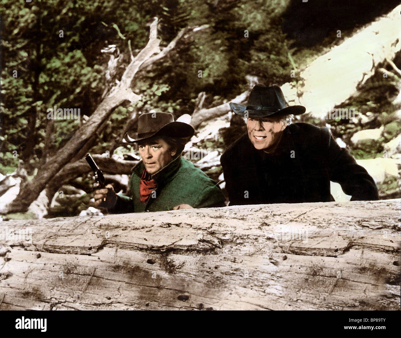 ROBERT MITCHUM GEORGE KENNEDY THE GOOD GUYS AND THE BAD GUYS (1969) - Stock Image
