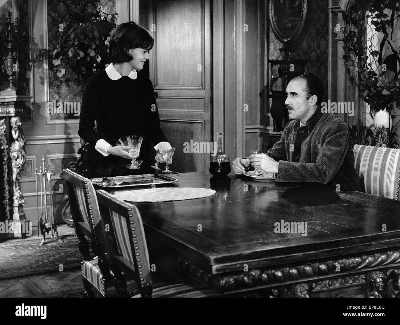 JEANNE MOREAU, MICHEL PICCOLI, THE DIARY OF A CHAMBERMAID, 1964 - Stock Image