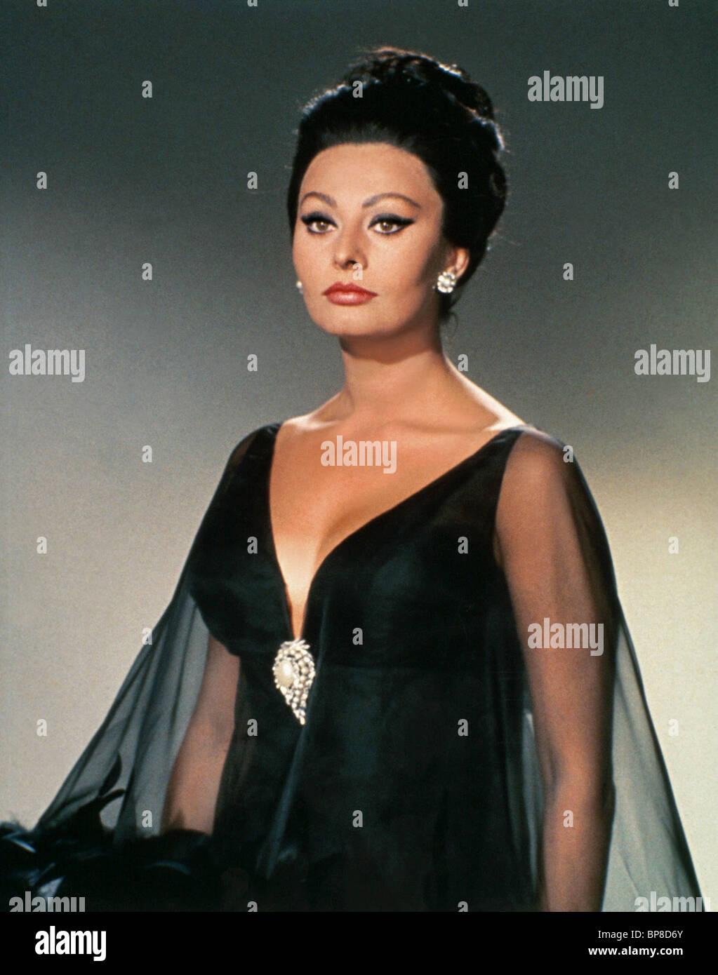 SOPHIA LOREN ARABESQUE (1966) - Stock Image