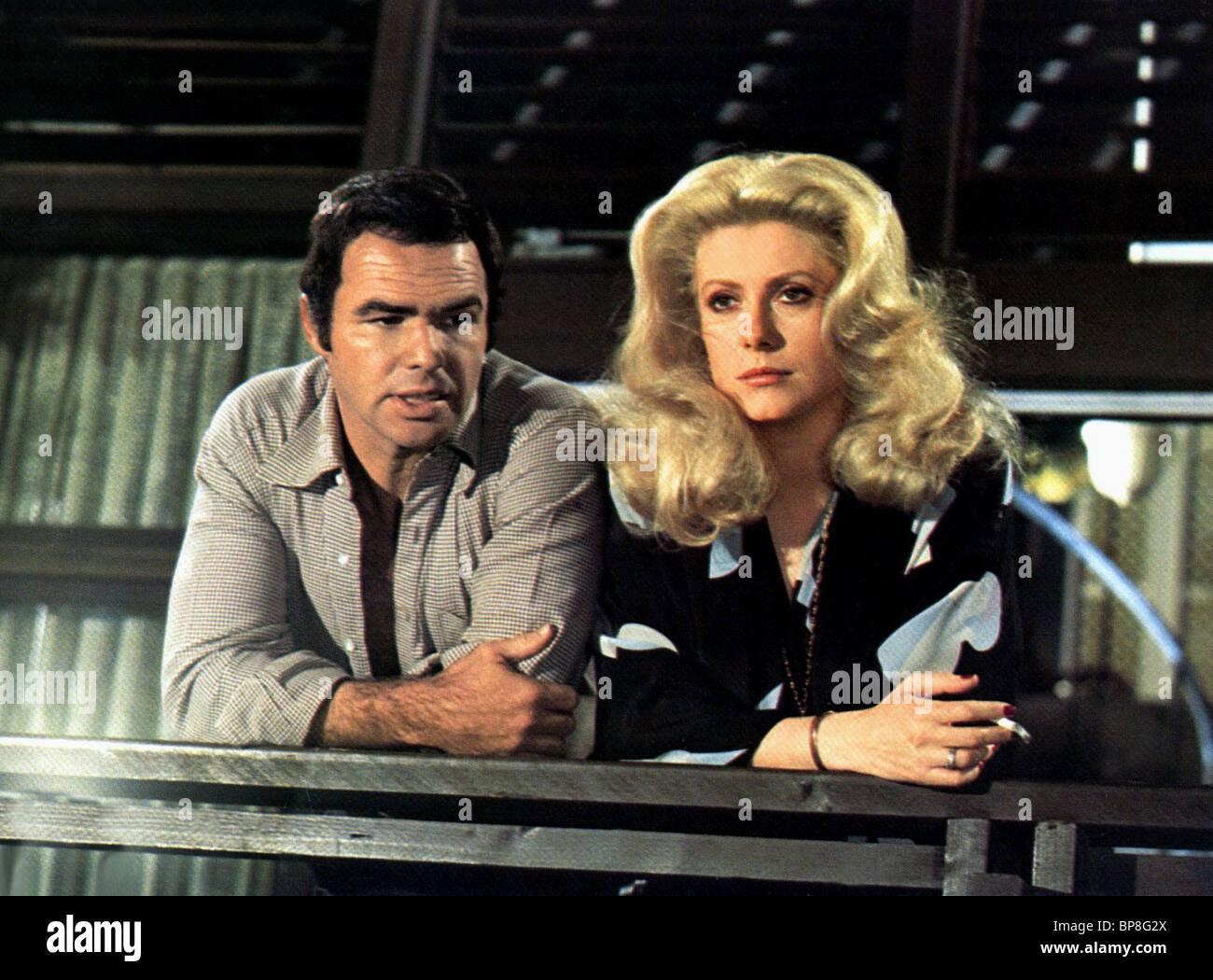 Burt Reynolds Catherine Deneuve Hustle 1975 Stock Photo