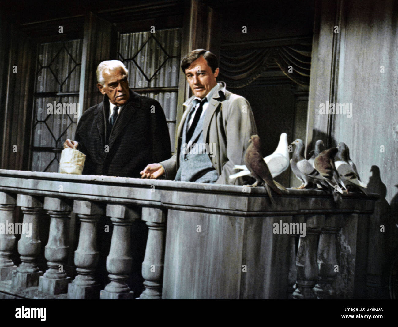 BORIS KARLOFF, ROBERT VAUGHN, THE VENETIAN AFFAIR, 1966 - Stock Image