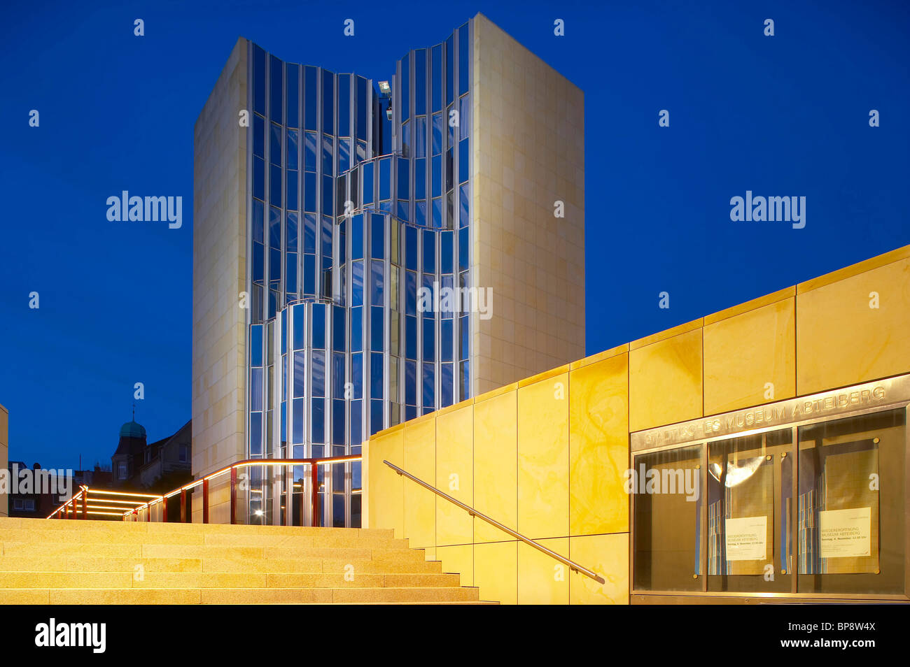 Evening, Abteiberg Museum, Architect Hans Hollein, Moenchengladbach, North Rhine-Westphalia, Germany, Europe - Stock Image