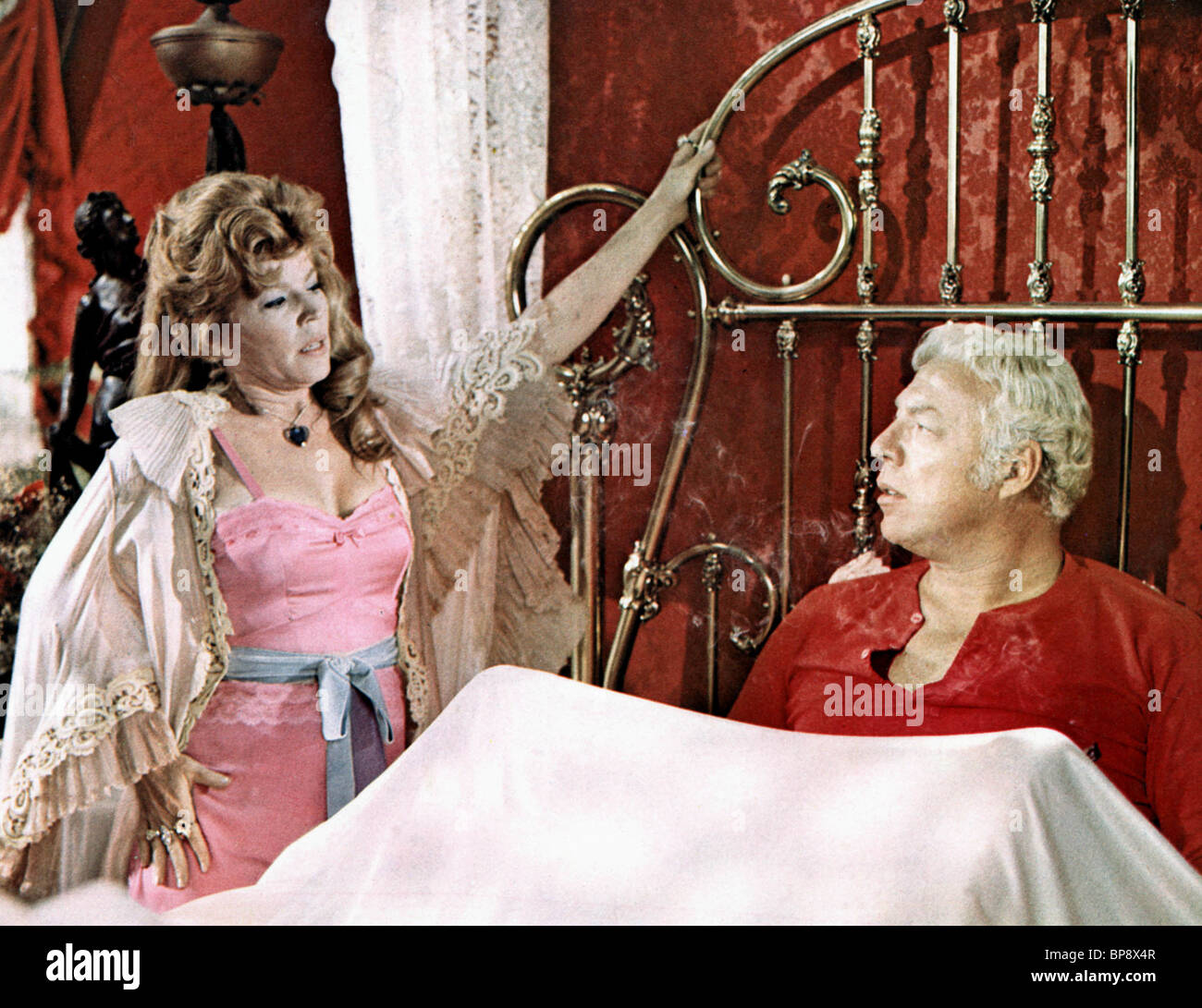 ANNE JACKSON & GEORGE KENNEDY DIRTY DINGUS MAGEE (1970) - Stock Image