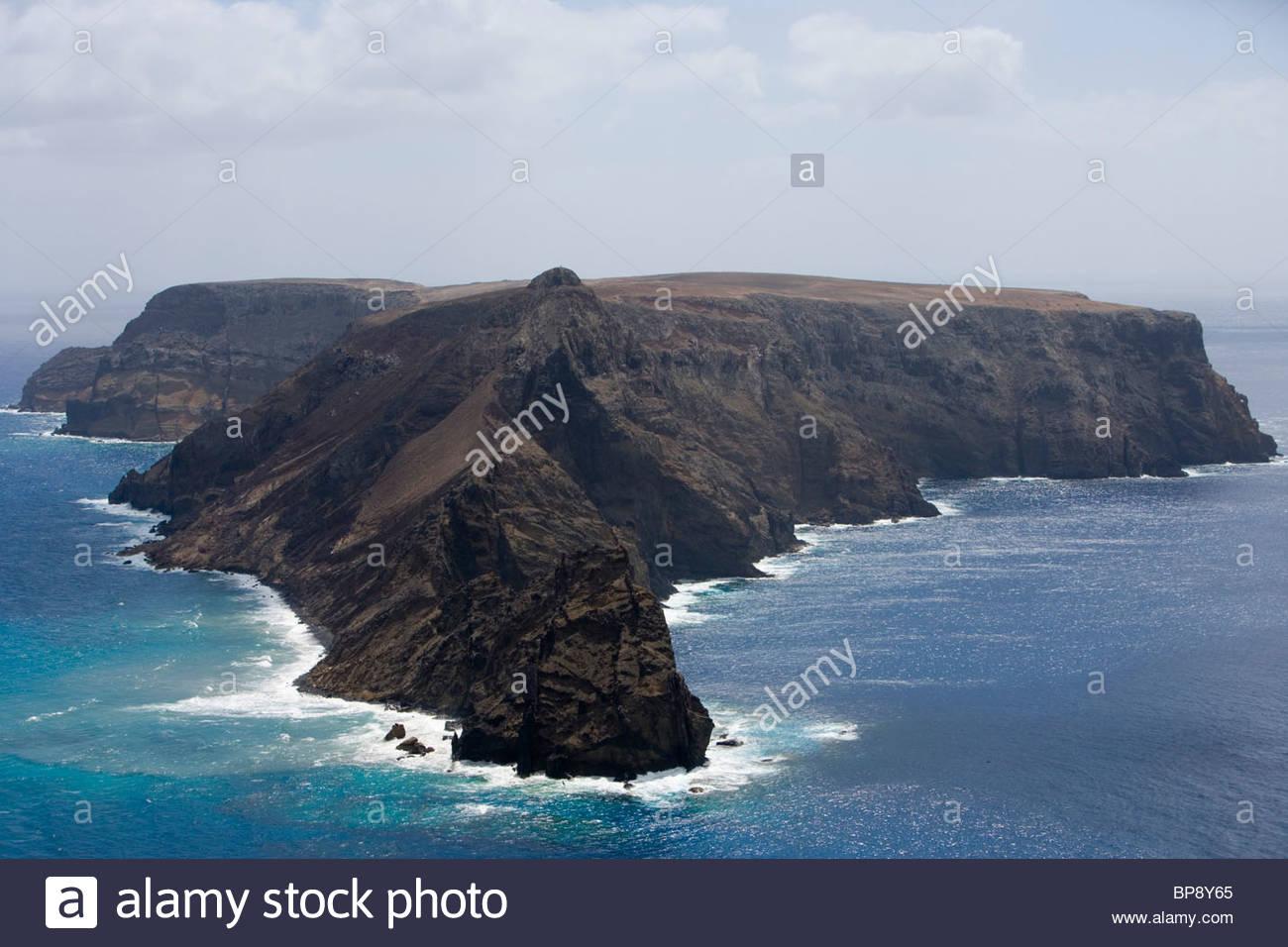 llheu de Baixo ou da Cal Island, Porto Santo, near Madeira, Portugal - Stock Image