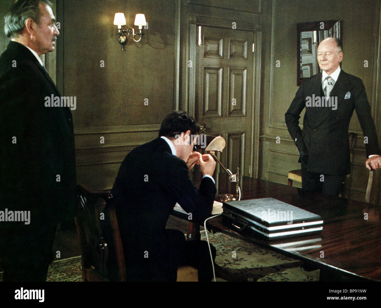JAMES MASON, CHARLES GRODIN, JOHN GIELGUD, 11 HARROWHOUSE, 1974 - Stock Image