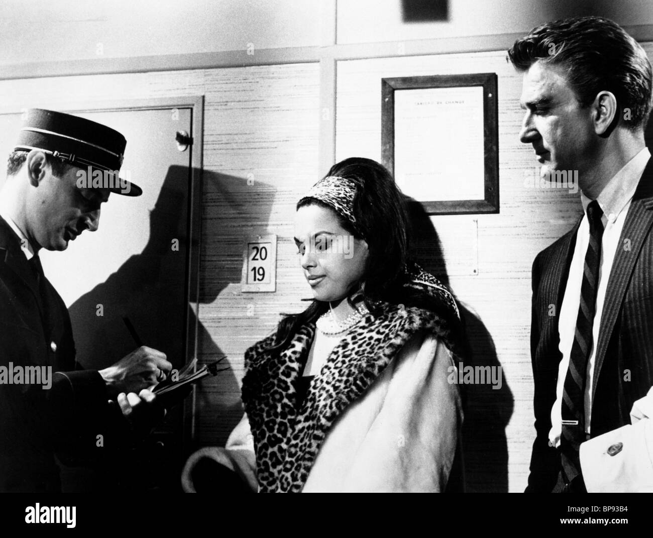 Aliza Gur aliza gur, leslie nielsen, night train to paris, 1964 stock