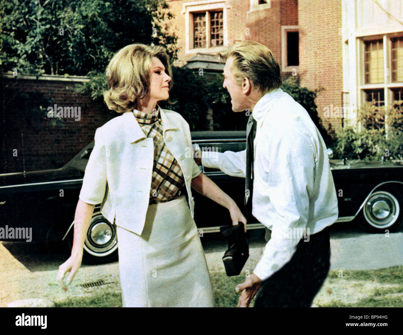 SYLVA KOSCINA KIRK DOUGLAS A LOVELY WAY TO DIE 1968