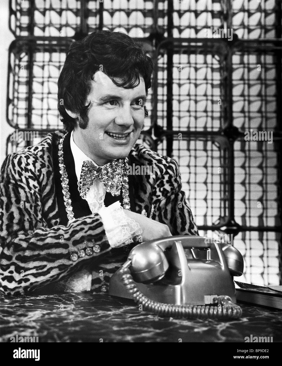 MICHAEL PALIN MONTY PYTHON'S; AND NOW FOR SOMETHING COMPLETELY DIFFERENT (1971) - Stock Image