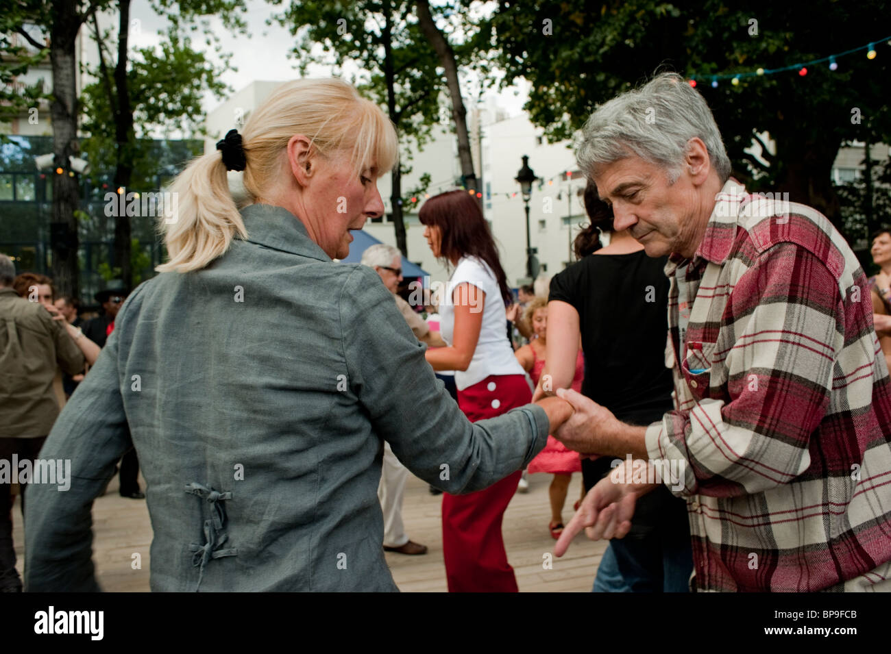 Paris, France, French Senior Adult Couples in 'Rock n Roll' Style, Street Dancing, at 'Paris Plages' - Stock Image