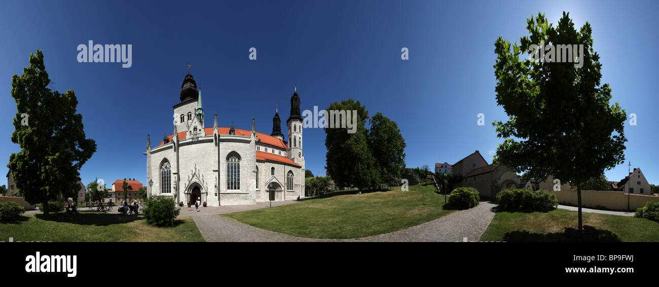 360 degrees panoramic photo of the cathedral of Visby (Santa Maria Domkyrka), Gotland, Sweden. - Stock Image