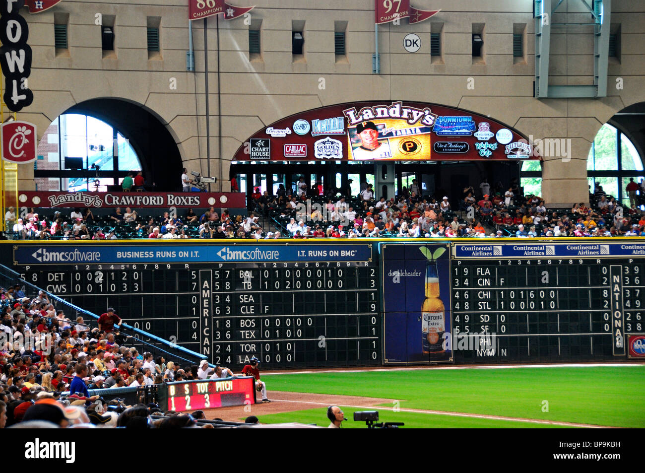 The crawford box at the minute maid park houston texas for The crawford