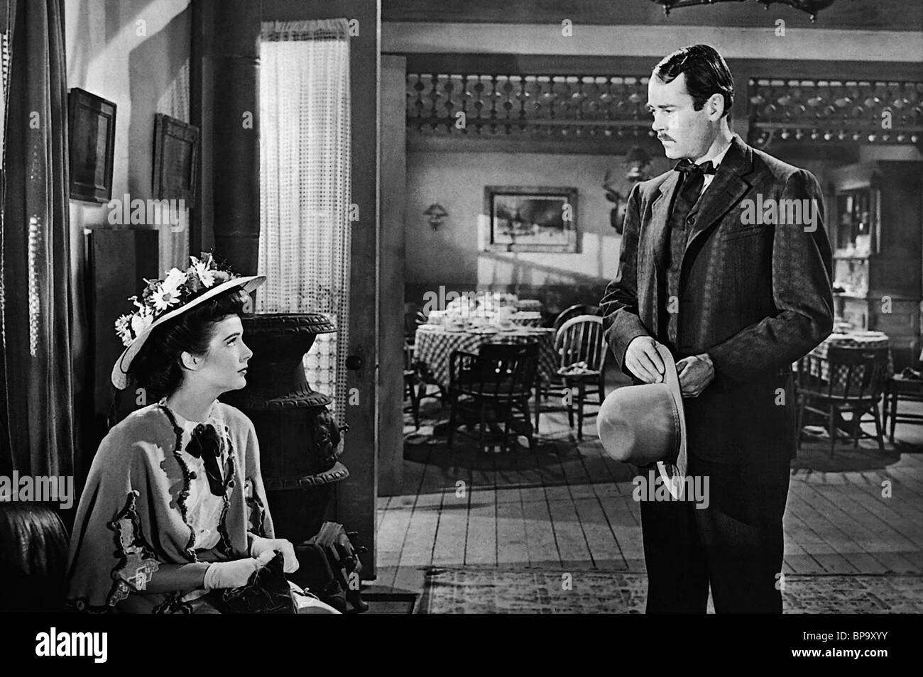CATHY DOWNS, HENRY FONDA, MY DARLING CLEMENTINE, 1946 - Stock Image