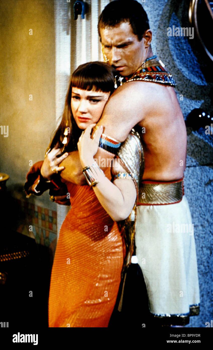 ANNE BAXTER & CHARLTON HESTON THE TEN COMMANDMENTS (1956 ...