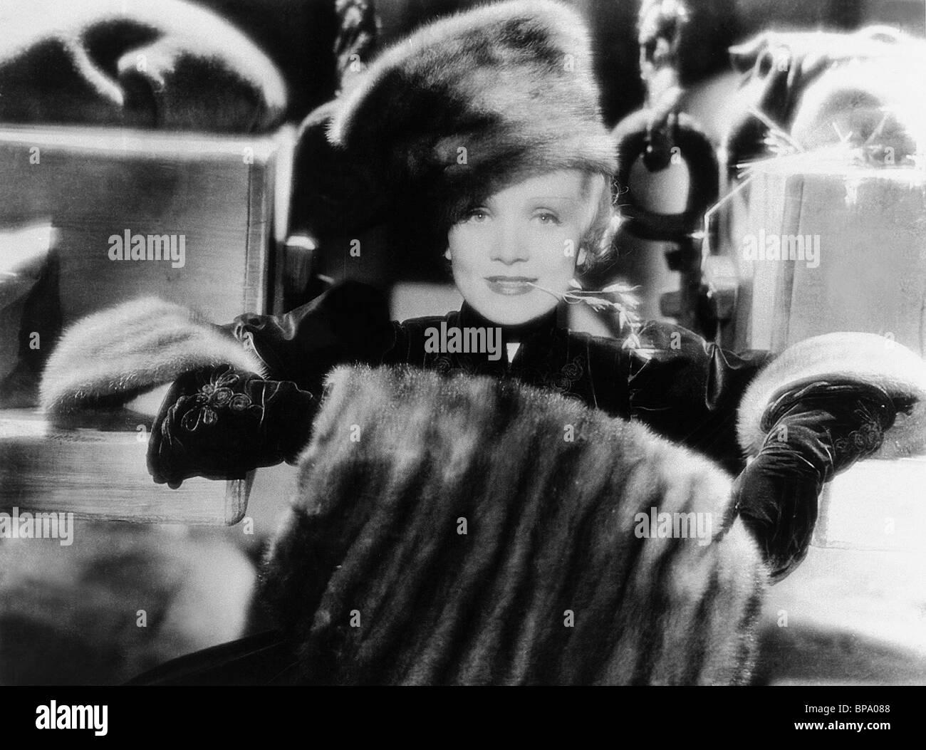 MARLENE DIETRICH THE SCARLET EMPRESS (1934) - Stock Image