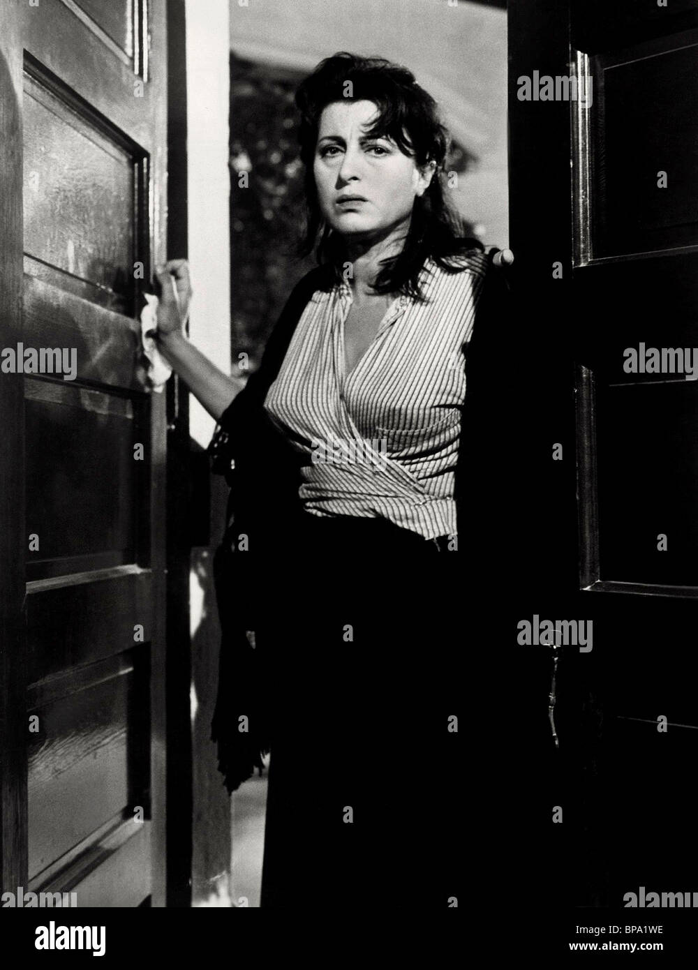 ANNA MAGNANI THE ROSE TATTOO (1955) Stock Photo