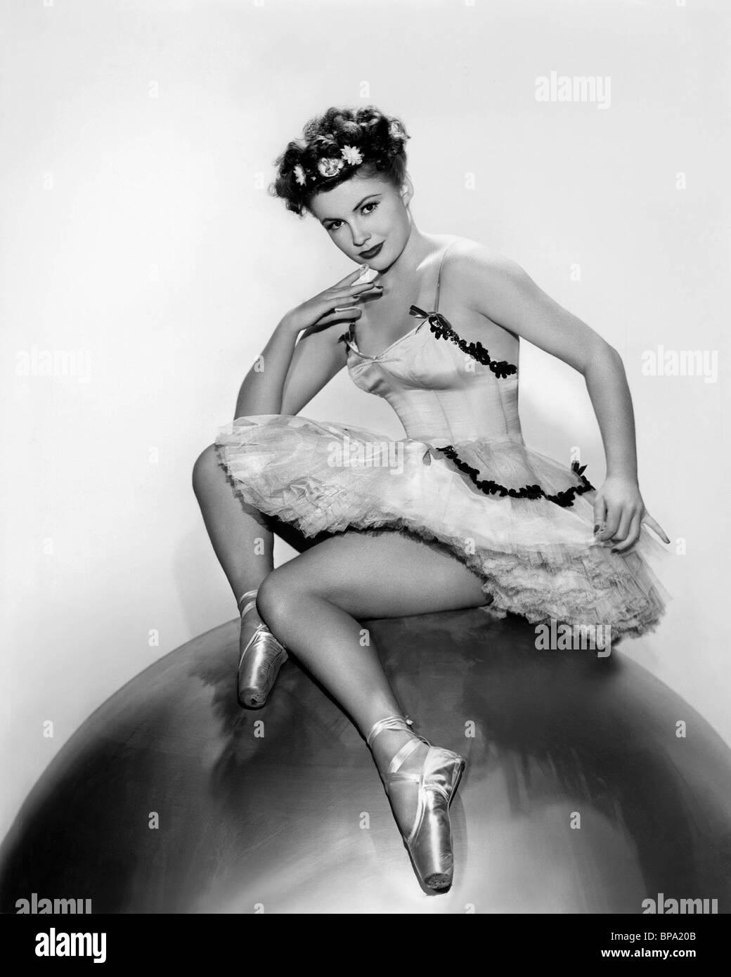 JOAN LESLIE PUBLICITY SHOT CINDERELLA JONES (1946) - Stock Image