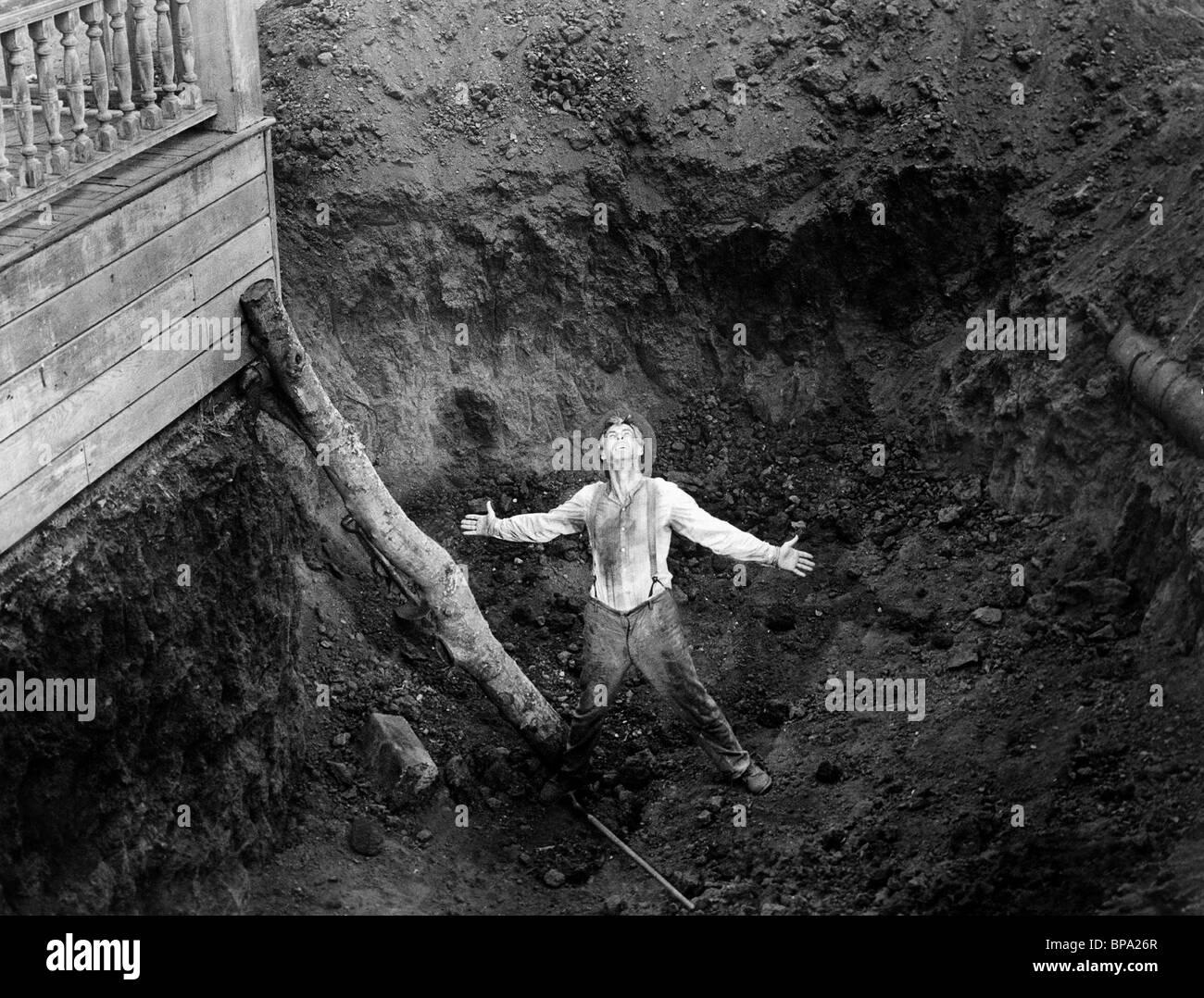 ROBERT RYAN GOD'S LITTLE ACRE (1958) - Stock Image