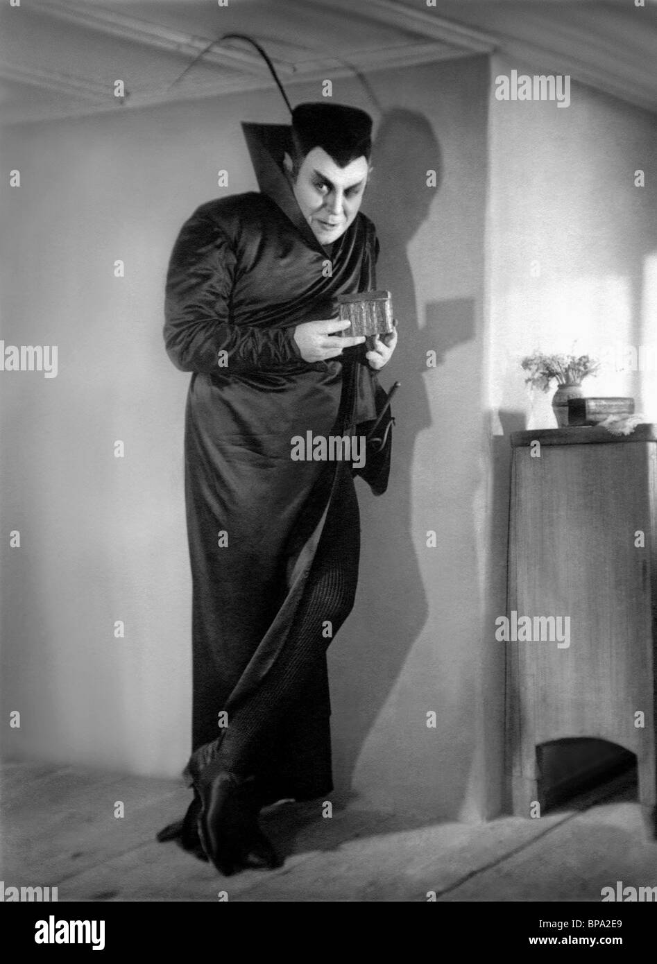 EMIL JANNINGS FAUST: A GERMAN FOLK LEGEND (1926) - Stock Image