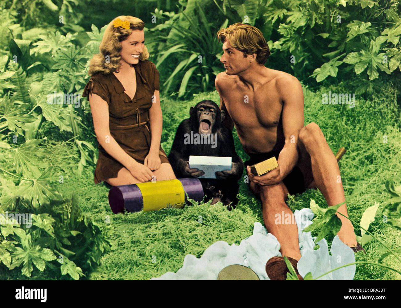 BRENDA JOYCE LEX BARKER & CHIMP TARZAN'S MAGIC FOUNTAIN (1949) - Stock Image