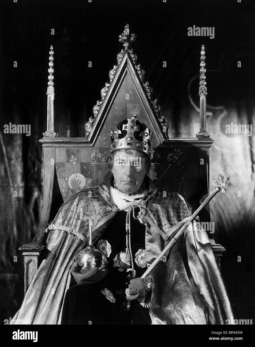 SIR CEDRIC HARDWICKE AS KING EDWARD IV RICHARD III (1955) - Stock Image