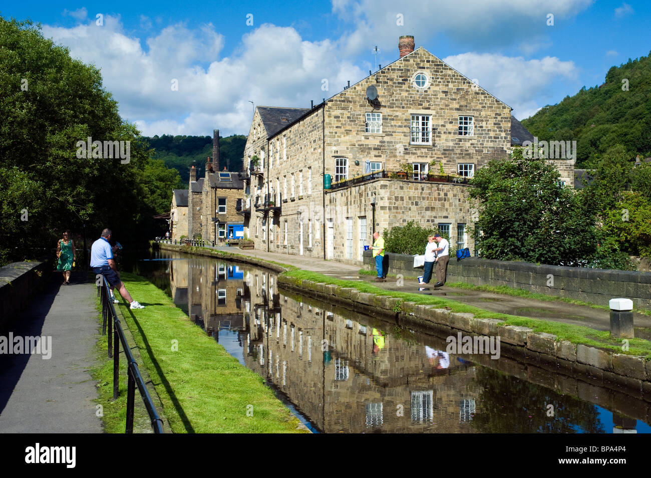 Rochdale Canal, Hebden Bridge, Calder Valley, West Yorkshire, England, United Kingdom. August 2010. - Stock Image