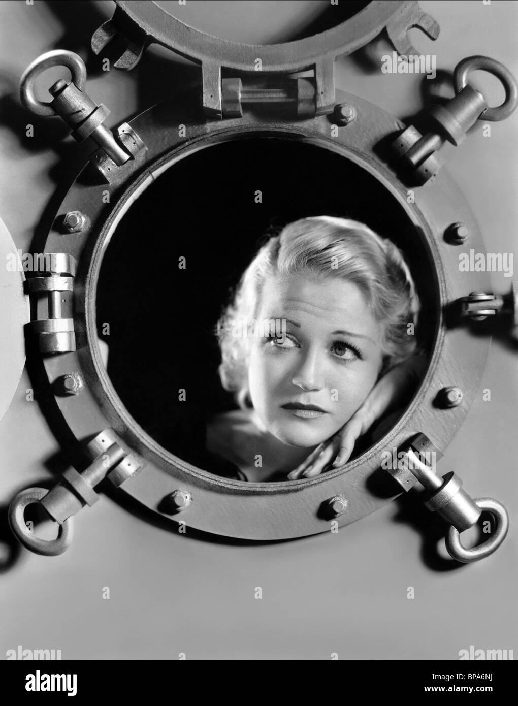 WYNNE GIBSON THE CAPTAIN HATES THE SEA (1934) - Stock Image