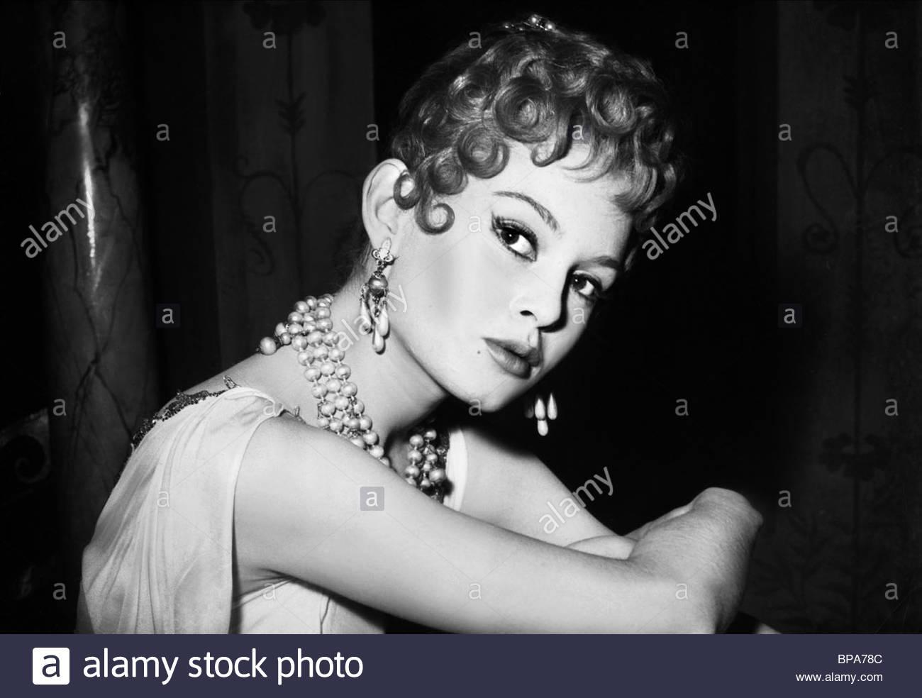 Brigitte De Borghese Nude Photos 15