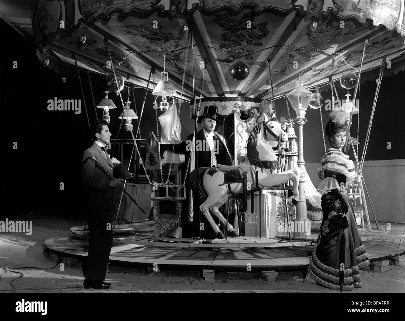 DANIEL GELIN, ANTON WALBROOK, DANIELLE DARRIEUX, LA RONDE, 1950 - Stock Image