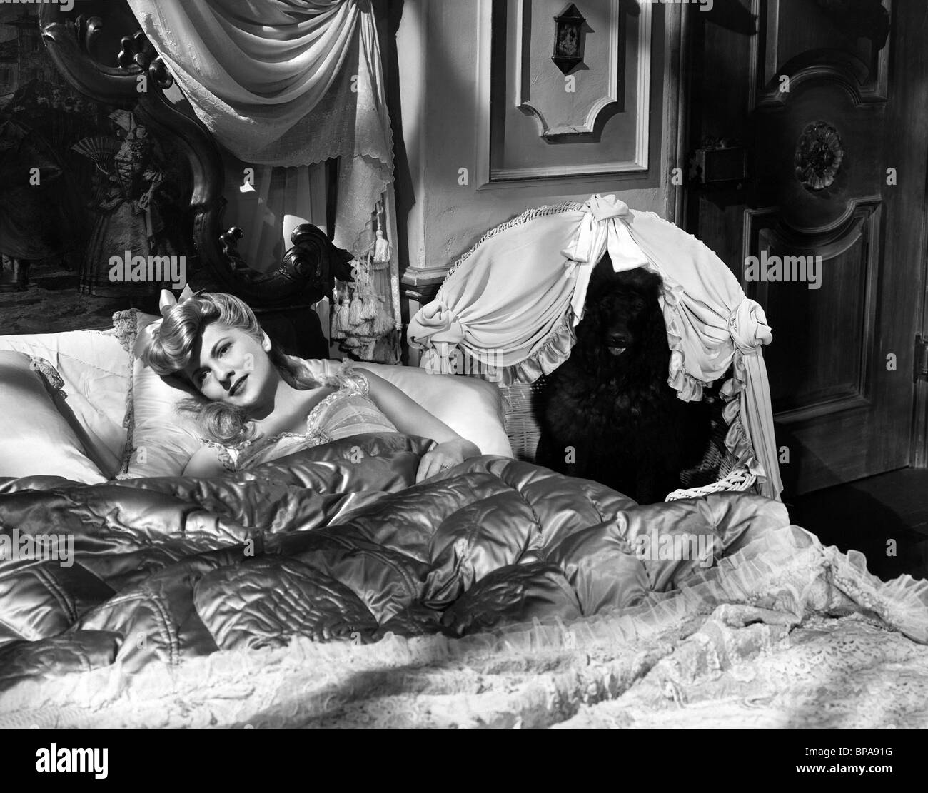 JOAN FONTAINE THE EMPEROR WALTZ (1948) - Stock Image