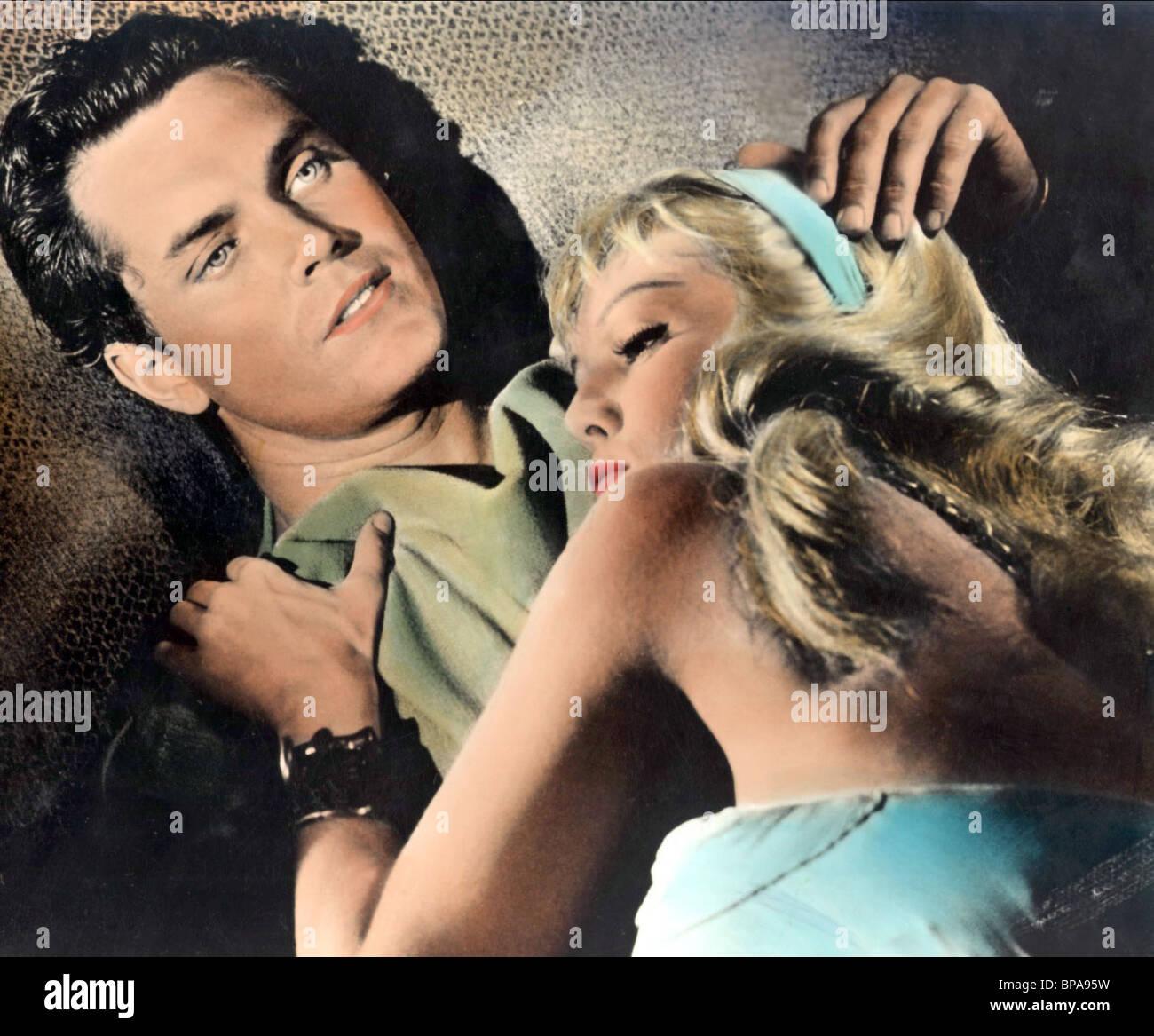 JEFFREY HUNTER, MYLENE DEMONGEOT, GOLD FOR THE CAESARS, 1963 - Stock Image