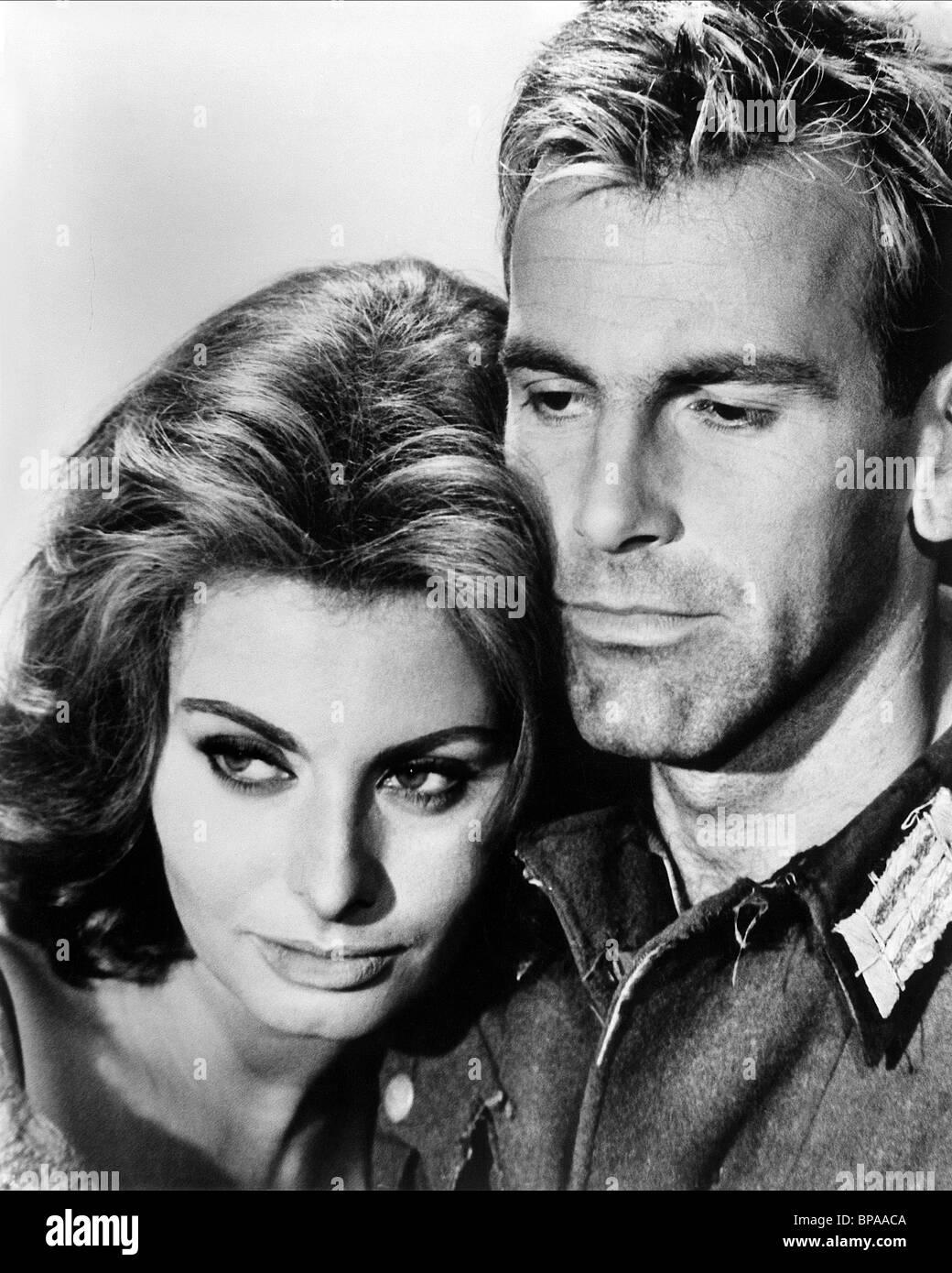 SOPHIA LOREN & MAXIMILIAN SCHELL THE CONDEMNED OF ALTONA; LES SÉQUESTRÉS D'ALTONA; I SEQUESTRATI DI ALTONA (1962)Stock Photo