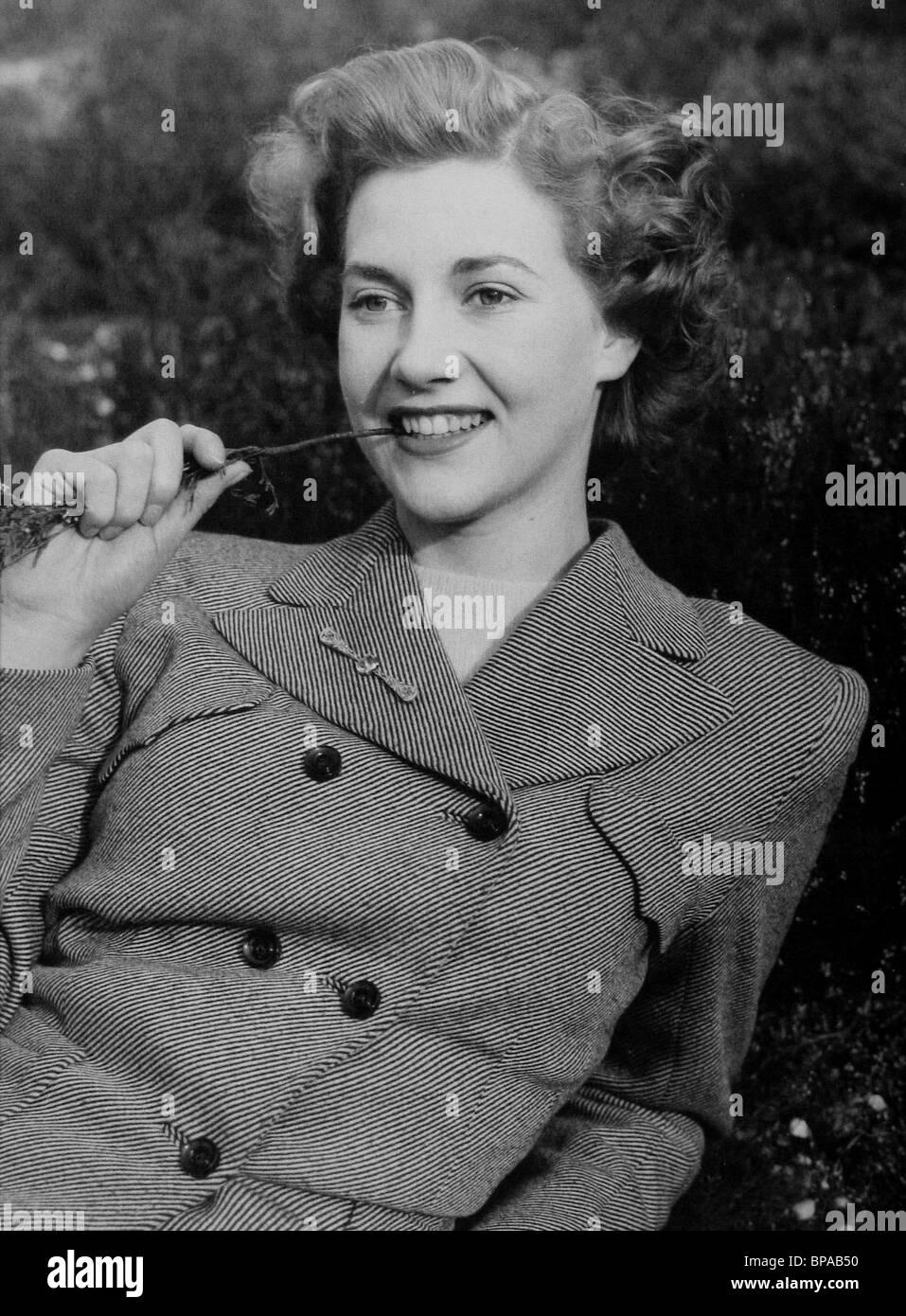 Debbie Reynolds,Monica Gill Adult photos Taryn Power,Maricel Soriano (b. 1965)