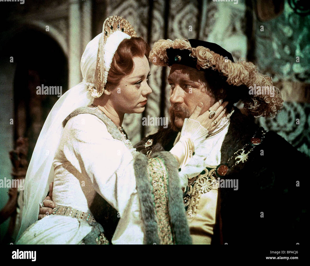 GLYNIS JOHNS, JAMES ROBERTSON JUSTICE, THE SWORD AND THE ROSE, 1953 - Stock Image