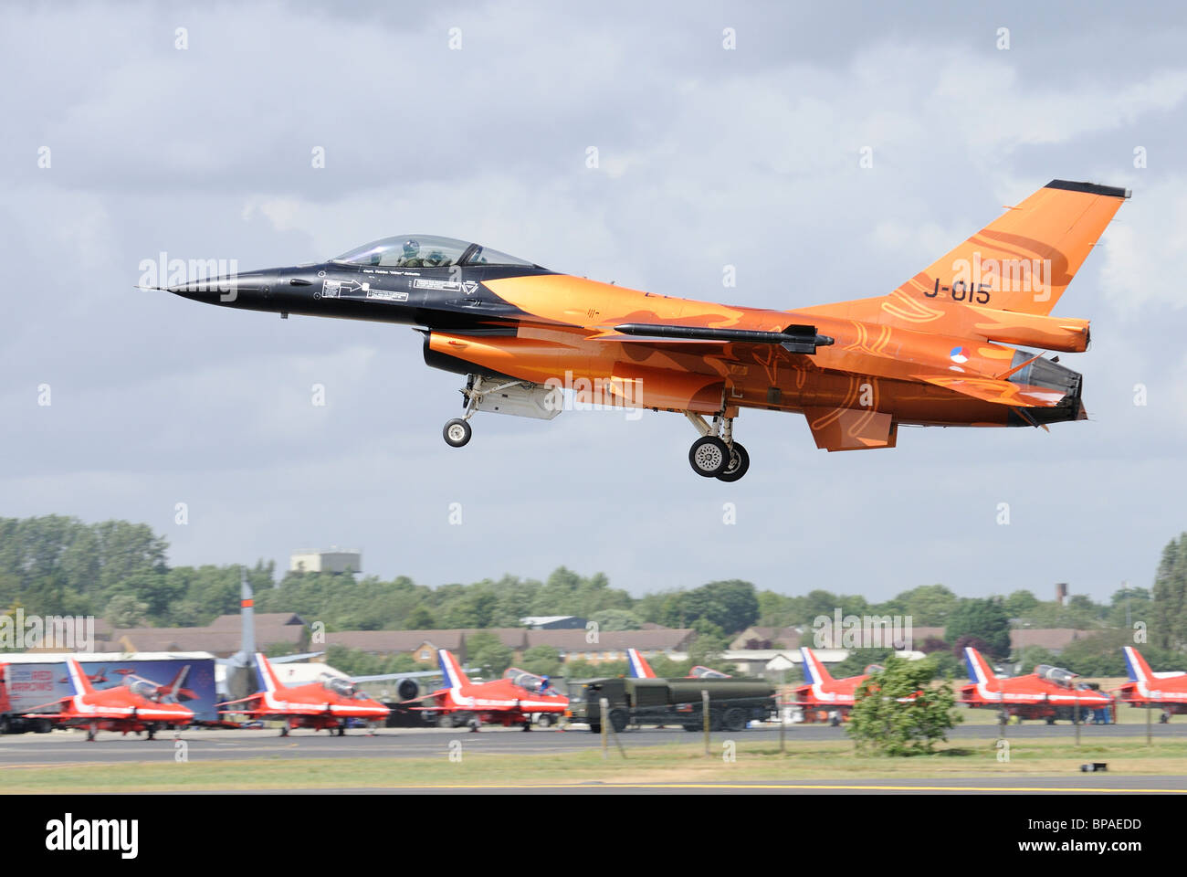 Captain Tobias 'Hitec' Schutte from the Royal Netherlands Air Force  brings his General Dynamics F-16AM - Stock Image