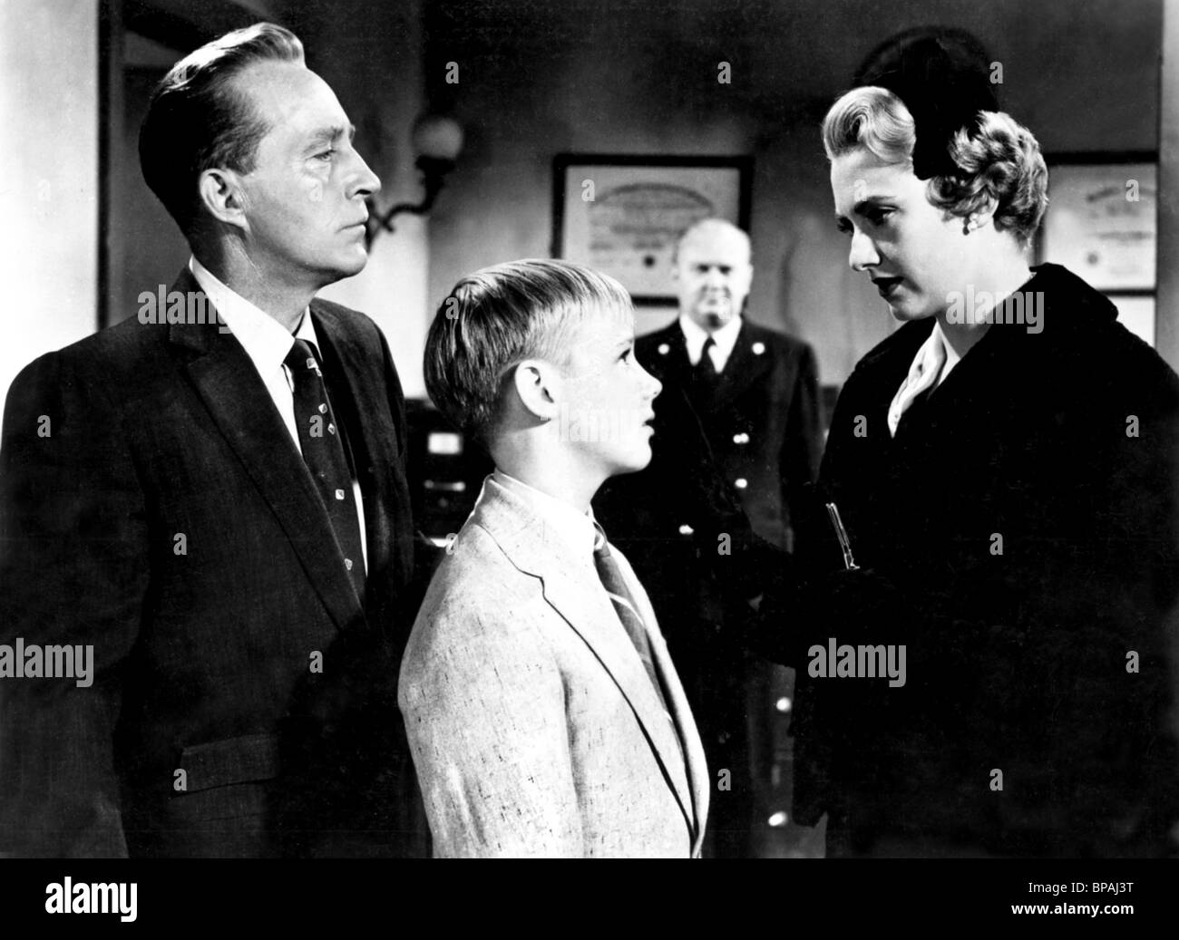BING CROSBY, MALCOLM BRODRICK, INGER STEVENS, MAN ON FIRE, 1957 - Stock Image