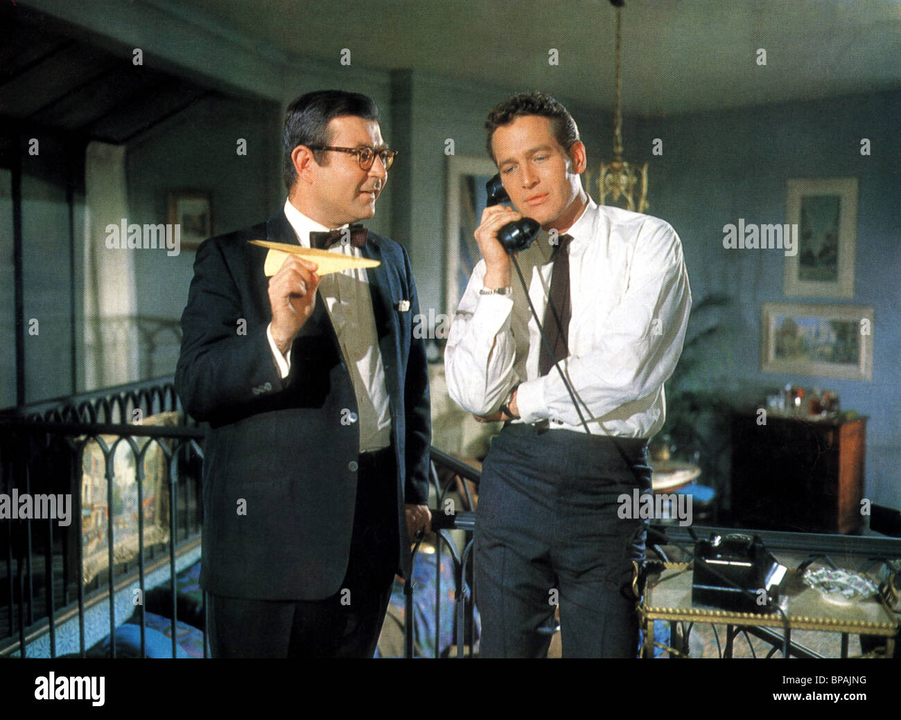 MARVIN KAPLAN & PAUL NEWMAN A NEW KIND OF LOVE (1963) - Stock Image