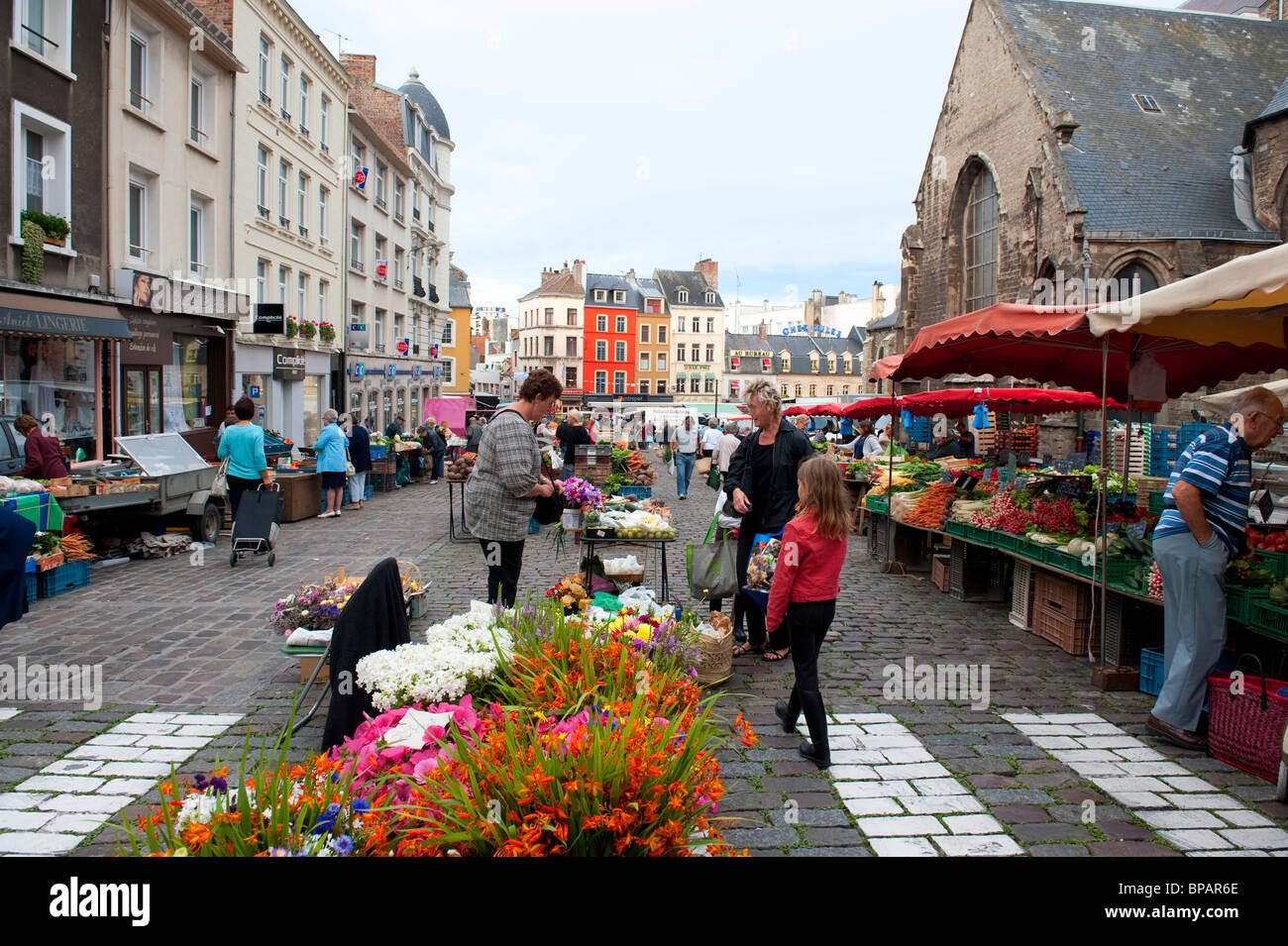 market in boulogne sur mer france stock photo 30970534 alamy. Black Bedroom Furniture Sets. Home Design Ideas
