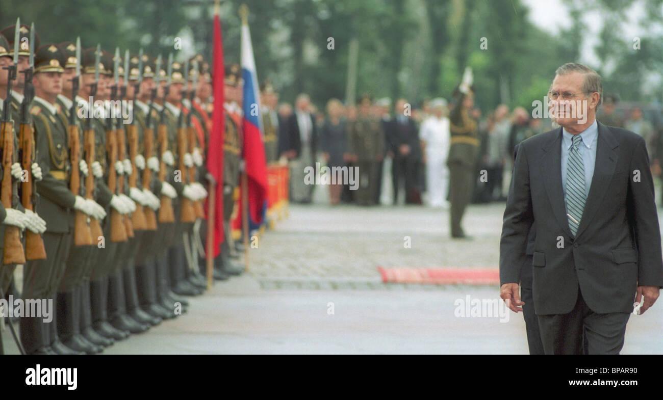 U.S.Defence Secretary Donald Rumsfeld in Moscow. - Stock Image