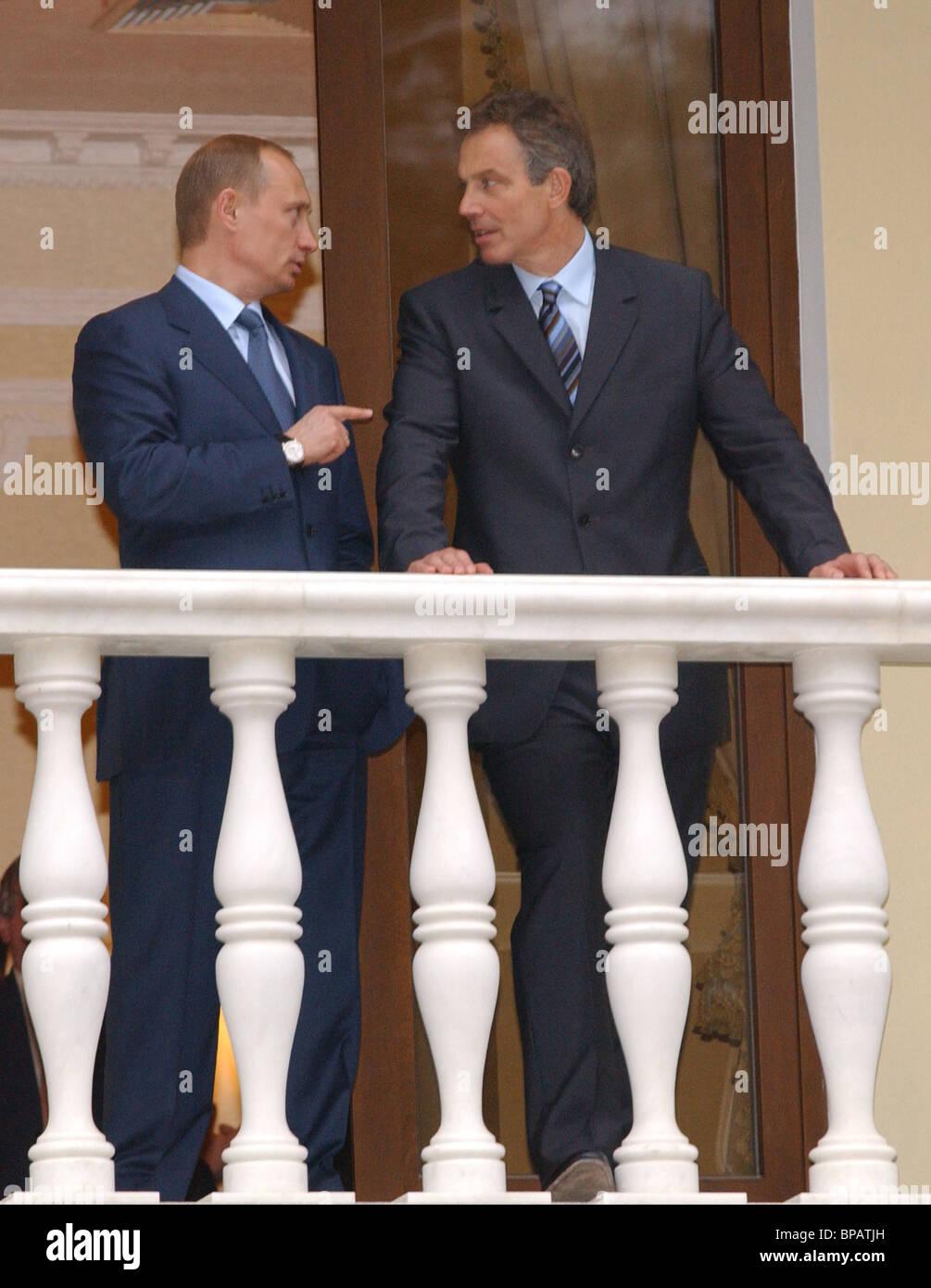 Vladimir Putin, Tony Blair end talks in Novo-Ogaryovo - Stock Image