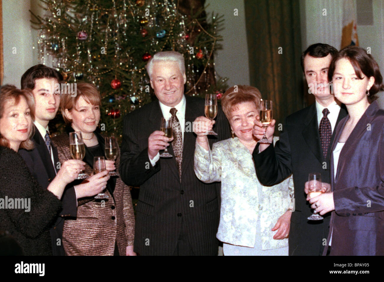 russian president boris yeltsin and his family new year greetings