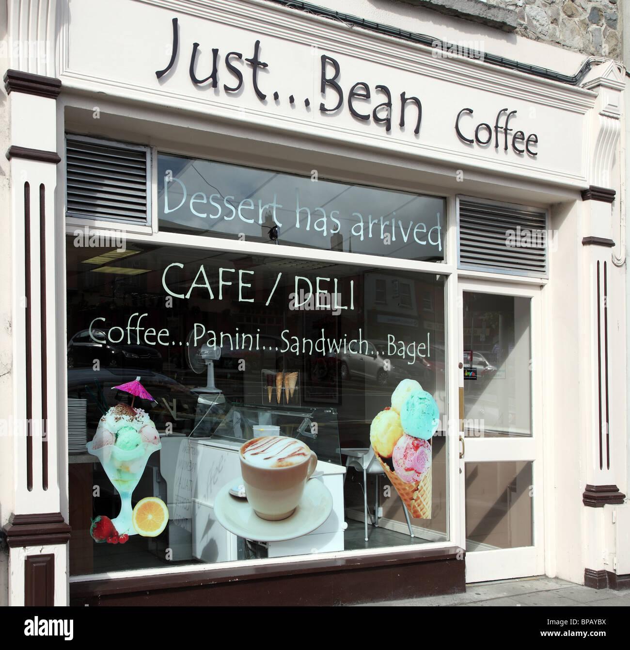 Just Bean Cafe Deli, Main Street, Carrickmacross, Co. Monaghan, Ireland - Stock Image