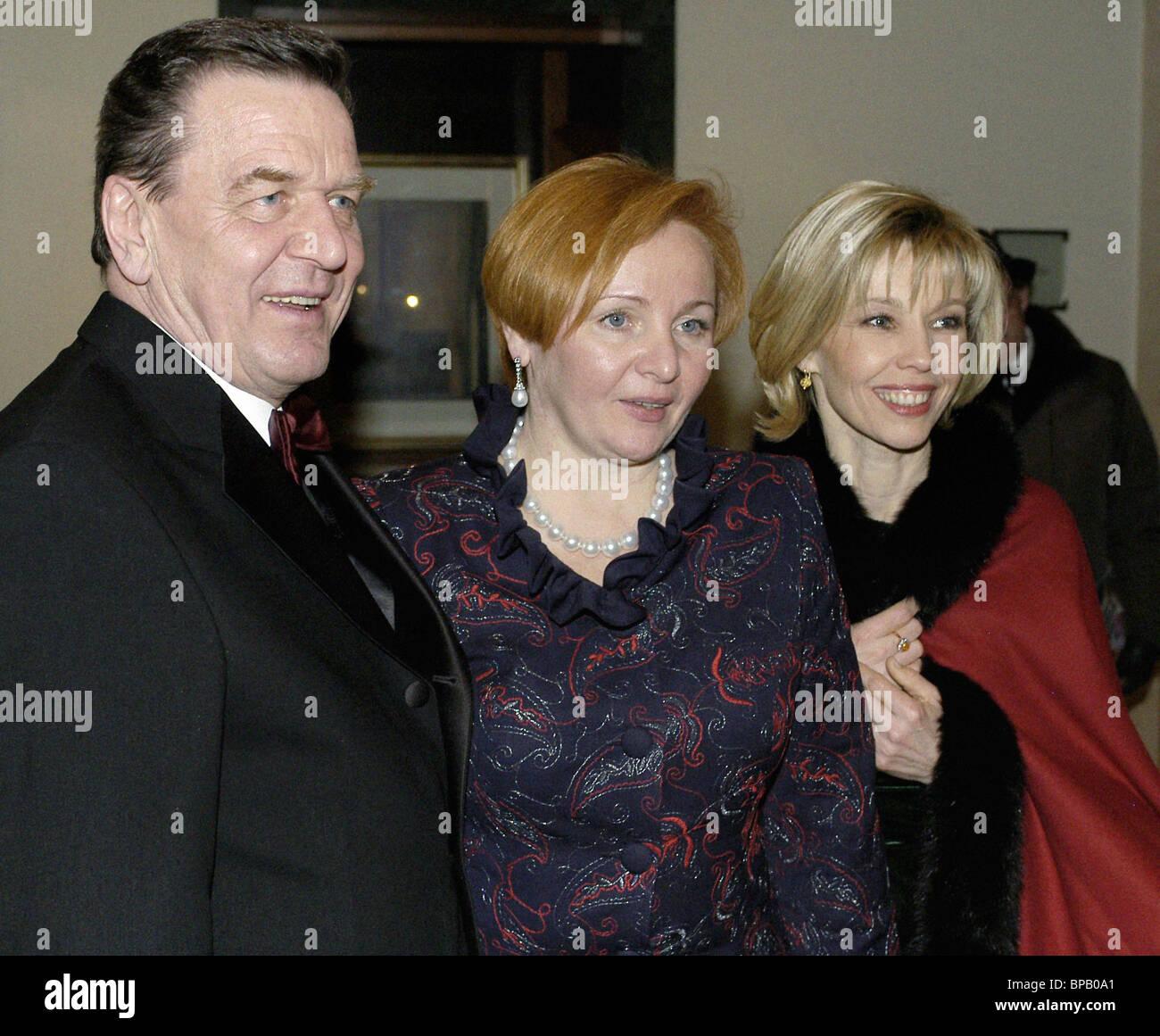 RussianPresidentsWifeLyudmilaPutinaVisitedGermany