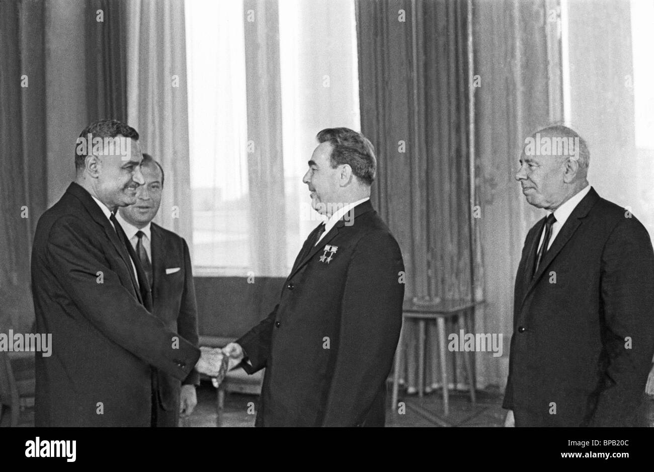 Leonid Brezhnev meets with President of Egypt Gamal Abdel Nasser in Kremlin, 1968 - Stock Image