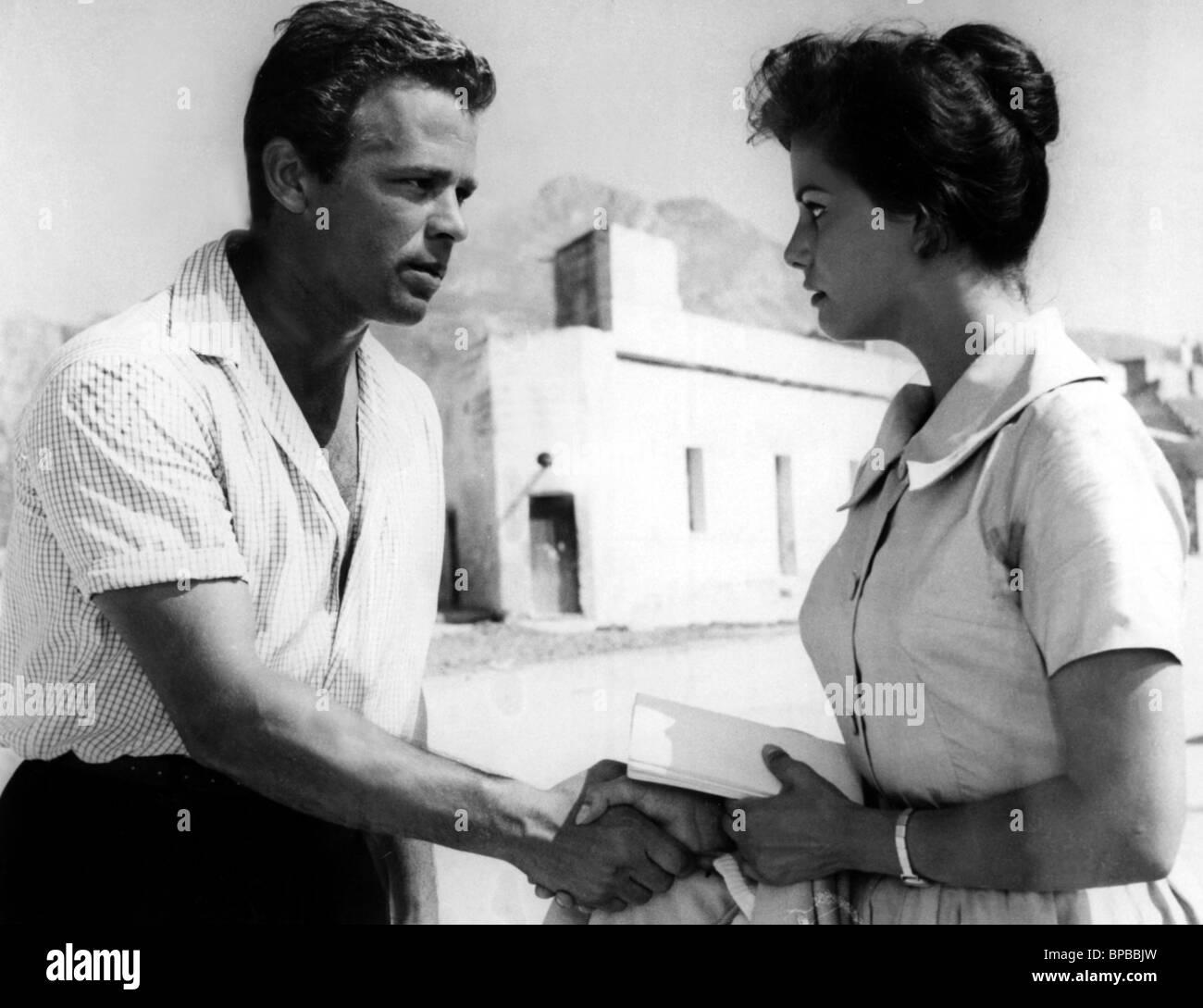 RENATO SALVATORI & CLAUDIA CARDINALE VENTO DEL SUD; SOUTH WIND (1959) -  Stock