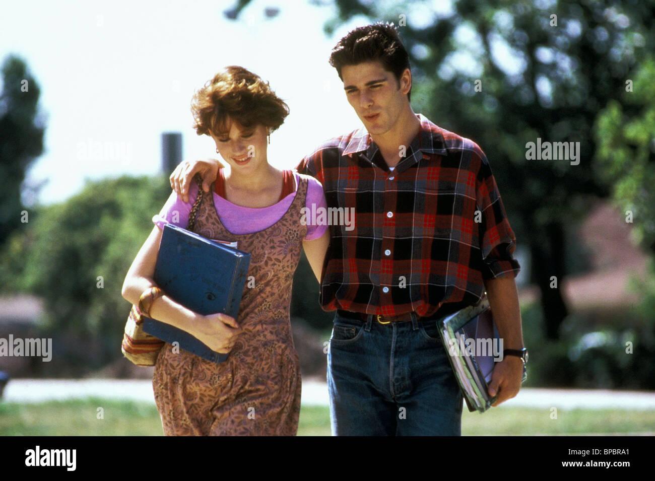 MOLLY RINGWALD & MICHAEL SCHOEFFLING SIXTEEN CANDLES (1984) - Stock Image