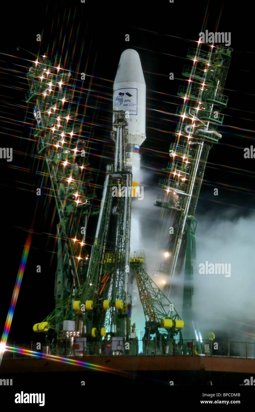 Soyuz-2 launch vehicle carrying European MetOp meteorological satellite launched from Baikonur Cosmodrome - Stock Image