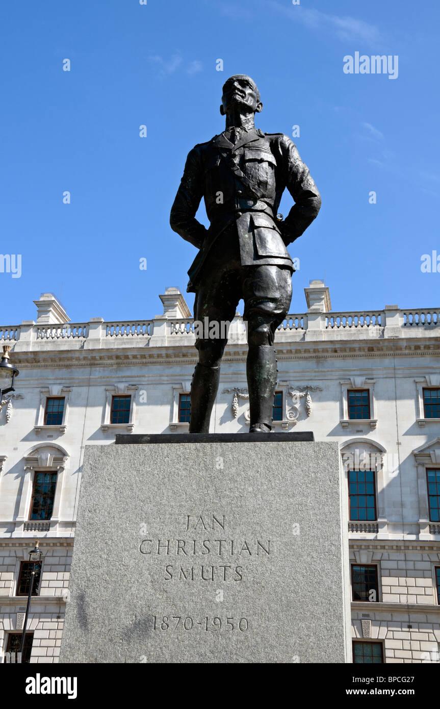 Ian Christian Smuts Statue, Parliament Square, London - Stock Image